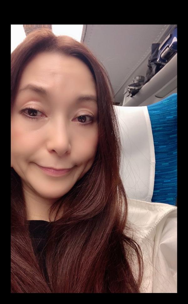 今日は名古屋、新幹線から🚄